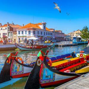 Barcos moliceiros tradicionais em Aveiro